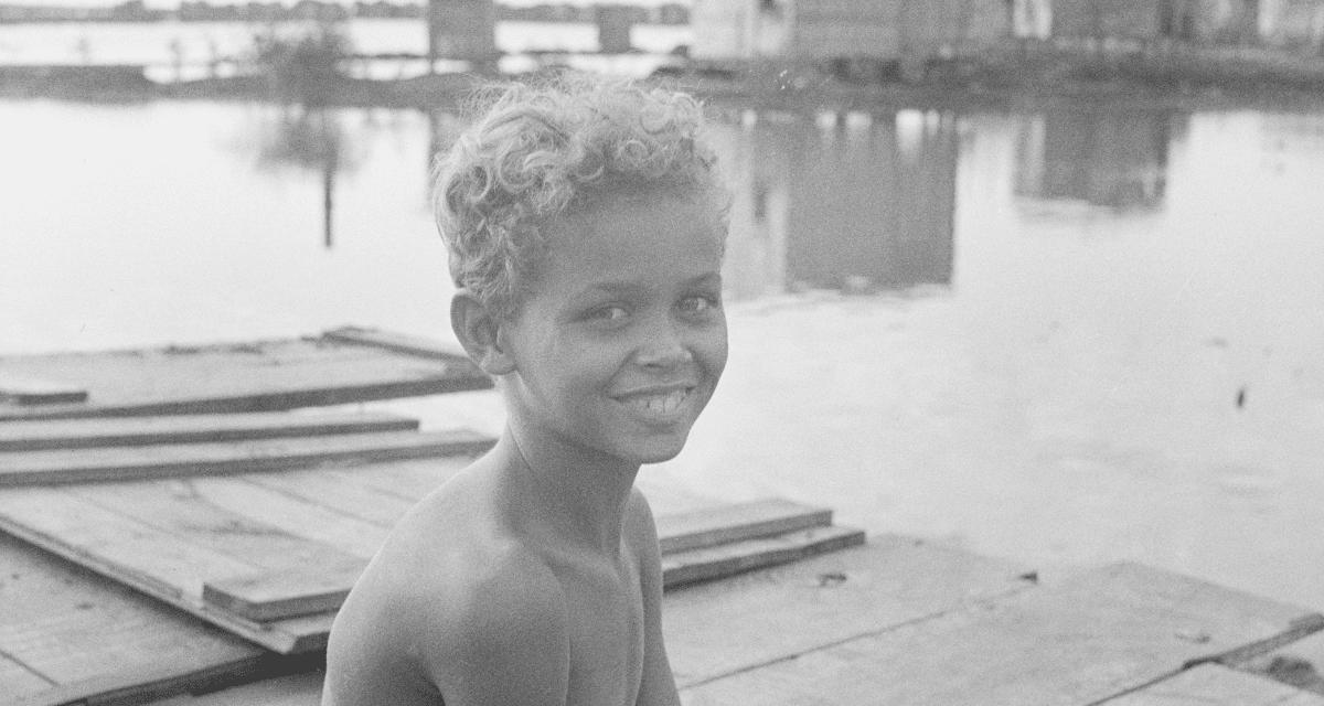 """19 Pictures of San Juan's Mud Slum, """"El Fanguito"""""""