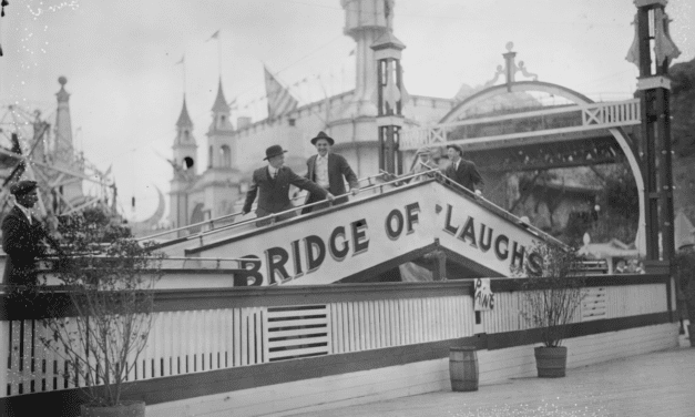 25 historic pictures of Coney Island's Luna Park, a legendary land of lights